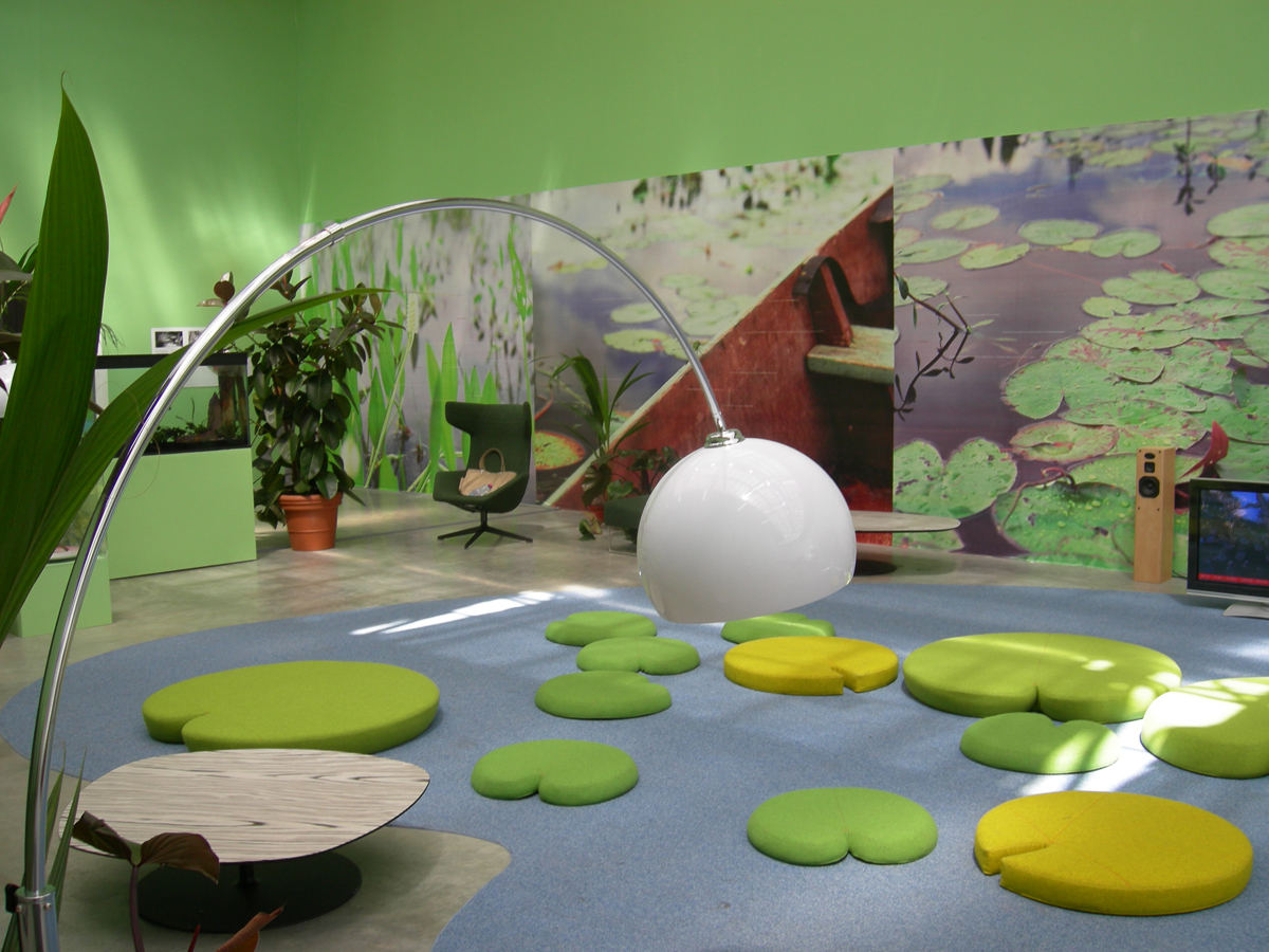 Tropicalounge, 2006 - exhibition view at Palais de Tokyo, Paris, F