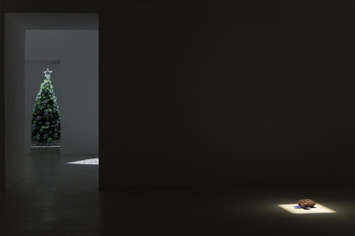 Gemütlichkeit, 2013, exhibtion view - photo Renato Ghiazza
