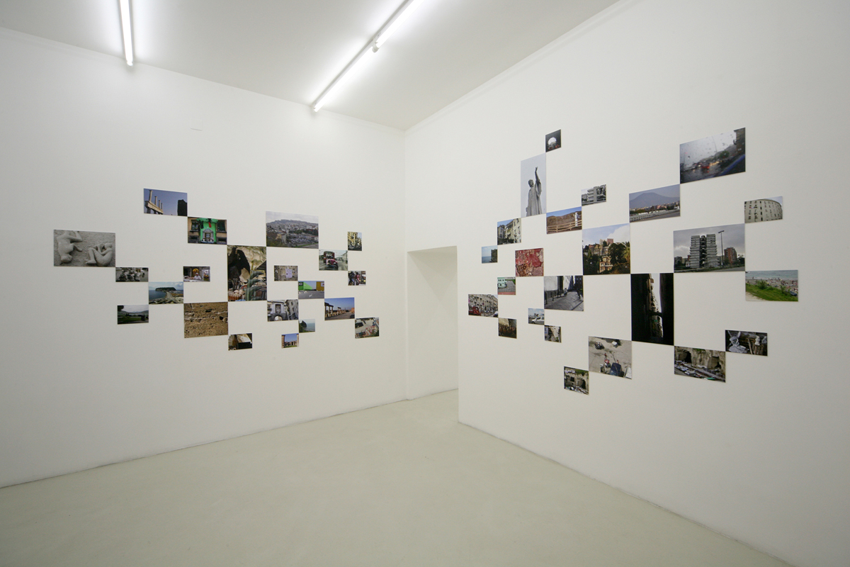 hashish in Naples, 2009, exhibition view